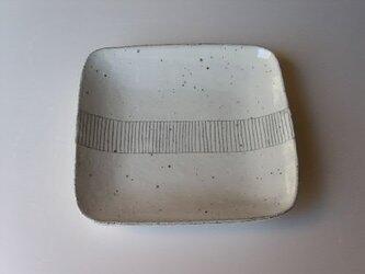 帯線文四方皿の画像