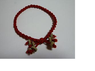 編みゴム(ヘアゴム)~赤の画像