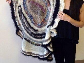 手紡ぎ art shawlの画像