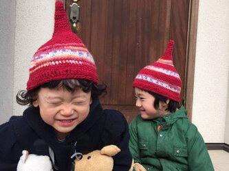 魔法使いの帽子みたいなニット帽の画像
