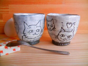手捻り湯のみ:書き落し猫:2個セットの画像