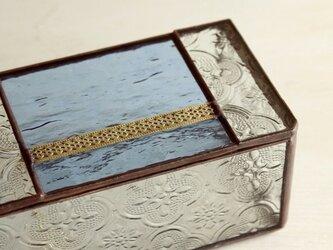 フローラガラスの小箱の画像