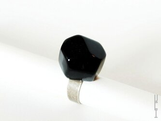 石リング (黒)の画像