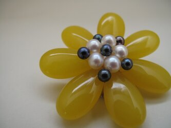 Flower Brooch ~Queen Yellow~の画像
