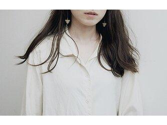 TRIANGLE ピアス・イヤリング / beigeの画像