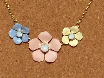 春★お花3連ネックレス マルチの画像