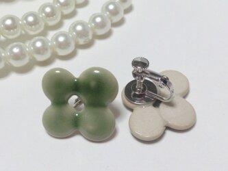 淡緑釉 陶イヤリングの画像