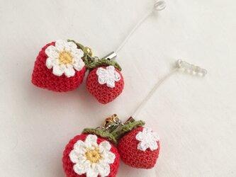 【受注生産】赤イチゴのイヤホンジャック*鈴付の画像