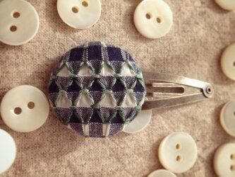 スモッキング刺繍くるみボタンのヘアピン SP-3の画像