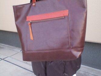 革とPU合皮のショルダーバッグの画像