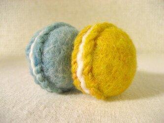 羊毛マカロンのマグネット(マンゴー&ミント)の画像