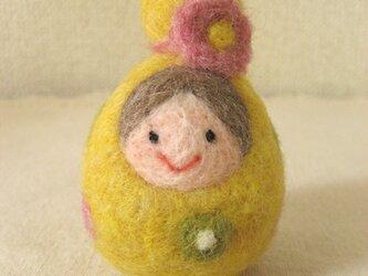 羊毛のマトリョーシカ(黄)の画像