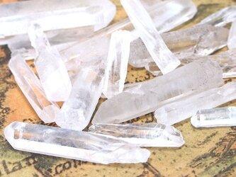 【小さめ】天然水晶ポイント・欠片 20g【水晶 天然石パーツ クリスタル素材】の画像