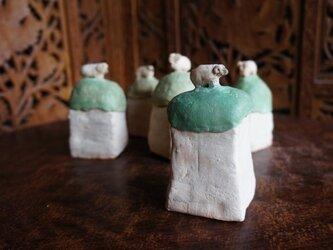 丘の羊 小箱 15029の画像