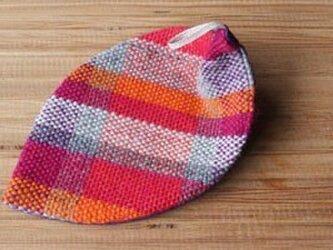 手織り 葉型コースターの画像