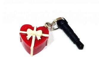 赤いハートのプレゼント・ボックス・イヤホンジャック-蝶型リボン付の画像
