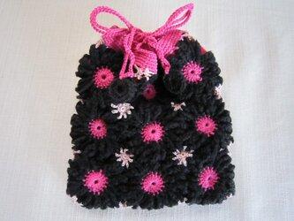 黒とピンクのモチーフ巾着の画像