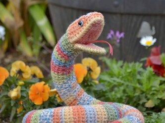 ヘビのあみぐるみの画像