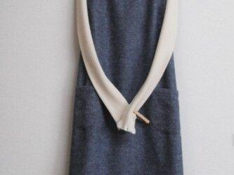 綿混の冬ジャンパースカート 紺色の画像