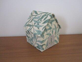 ウィリアムモリスのハウス型ボックスの画像
