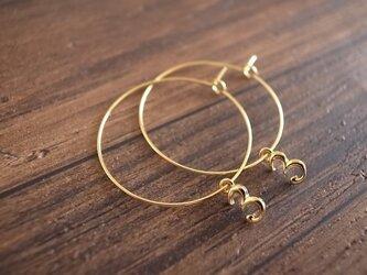 no.3 hoop earringsの画像