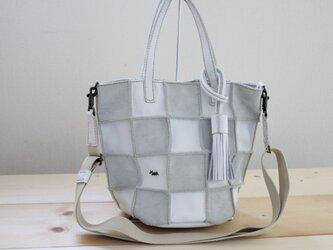 本革手縫い2way Patchwork tote S(ホワイト)の画像