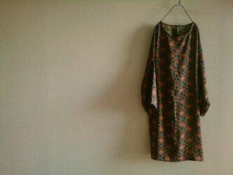 着物リメイク梅の花ワンピースの画像