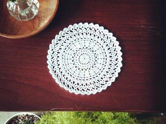 [受注製作]Crocheted doily*月の画像