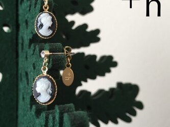 【ピアス】Black Cameo earringsの画像