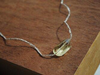 いとあみネックレス レモンクオーツタンブルカット 銀糸 の画像