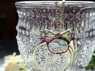 ステンドグラス 猫のネックレス~虹猫~の画像