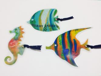 ブックマーカー《本の中を泳ぐ魚》の画像