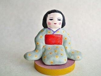 着物のでこ様人形の画像