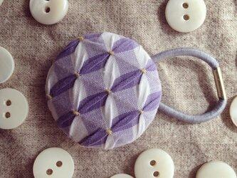 スモッキング刺繍くるみボタンのへアゴム S-15の画像