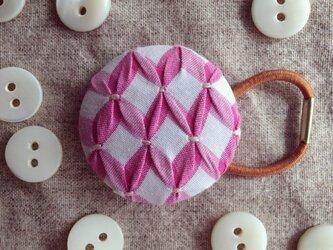 スモッキング刺繍くるみボタンのへアゴム S-19の画像