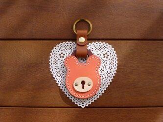本革 クマの南京錠キーホルダー(ピンク/ターコイズ) パドロックの画像