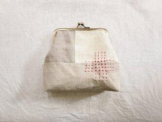 がま口ポーチ natural&red stitchの画像