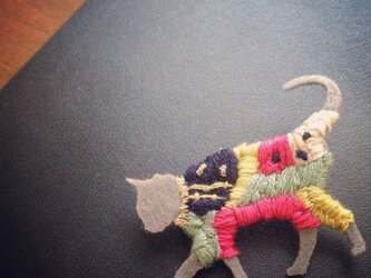 刺繍ブローチ、ネコさんの画像