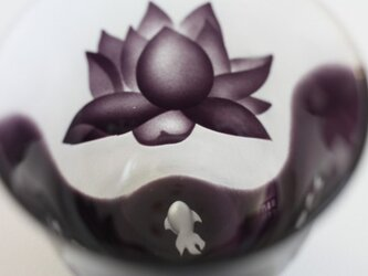 受注製作~金魚とハスの花 ガラスのおちょこの画像