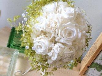白×グリーンパールの上品なブーケ【プリザーブドフラワー】の画像