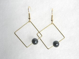 sikaku pearl pierce [VP-032b]の画像