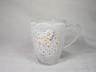 マグカップ(刺繍のようにお花とレース)の画像