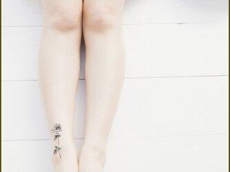 薔薇柄タトゥーシールの画像