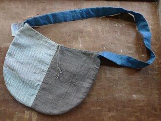 丸型ショルダーバッグの画像