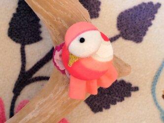 小鳥のブローチ (橙色)の画像