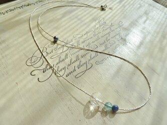 カレンシルバーの繊細なビーズのネックレス and ブレスレットの画像
