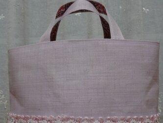 桜色のバッグの画像