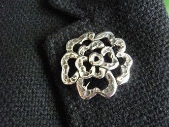 花のブローチ 兼 ペンダントの画像