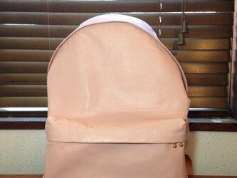 豚革 ピンク バッグパック リュックの画像