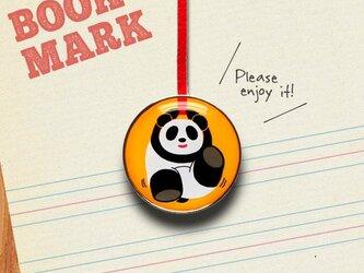 「楽しく遊ぶパンダのクリップ型ブックマーク」no.193の画像